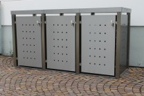 Mülltonnenbox aus Edelstahl mit Vierkantpfosten 3x 120 Liter